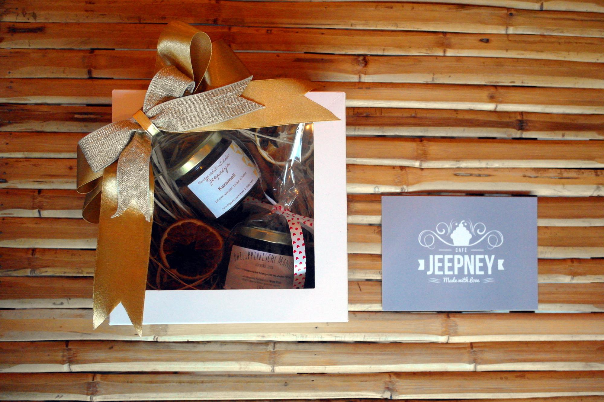 kaffeebohnen und hausgemachtes kaufen jeepney caf. Black Bedroom Furniture Sets. Home Design Ideas