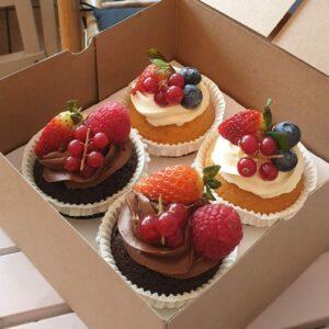 Kuchen und Cupcakes im Onlineshop